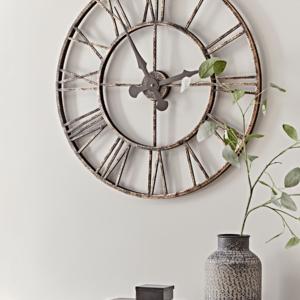 Distressed Indoor Outdoor Clock - Large
